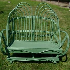 garden_bench_JEdAQZYaCFqtT.jpg