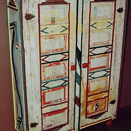 willow_furniture_2doorcabinet_vjsrfgYJORn.jpg